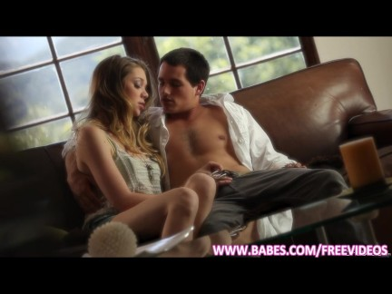 Petite teen Jessie Andrews seduces her man
