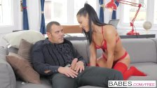 Babes – Welcome Distraction starring Antonio Ross and Apolonia Lapiedra